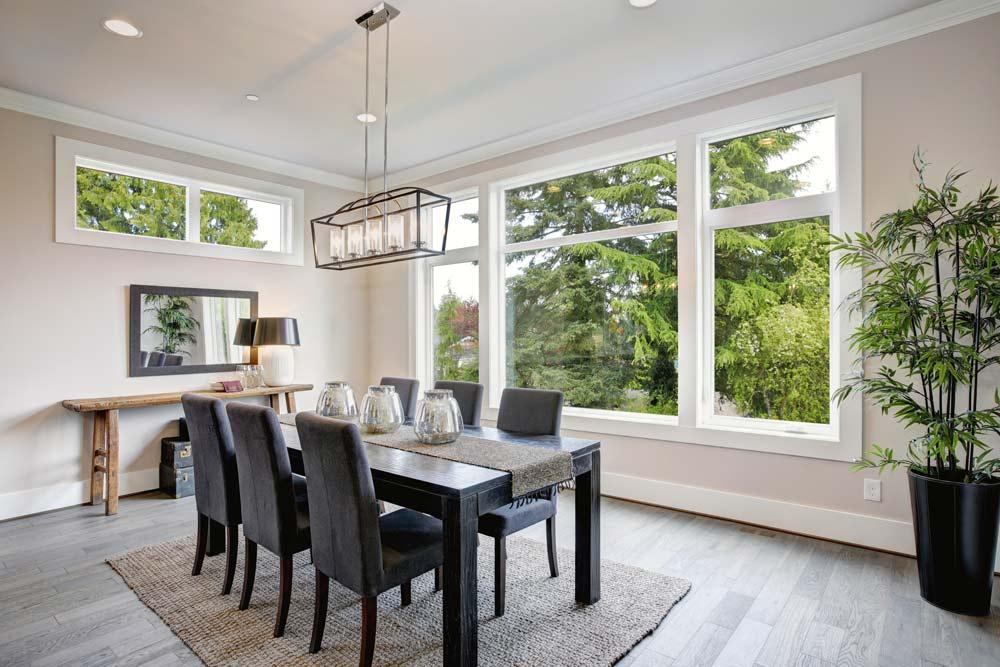 windows in dining room